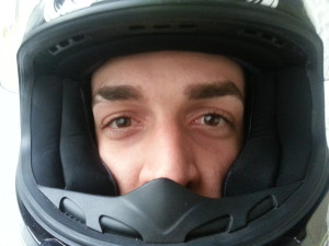 Como_elegir_la_talla_casco_para_moto_pomulos