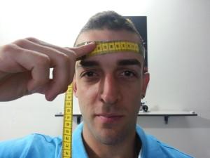 como_elegir_la_talla_casco_para_moto_cinta_metrica_frontal